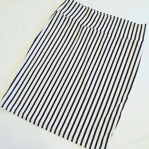 LuLaRoe Cassie Pencil Skirt Black white striped